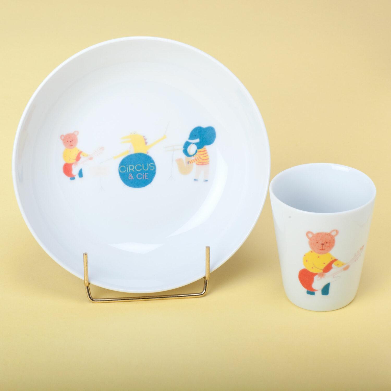 ensemble assiette verre orchestre circus et cie porcelaine Atelier Moors
